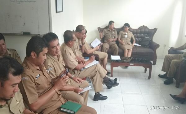 Rapat rutin Internal Asn Dinas Koperasi UMKM Nakertrans tahun 2018