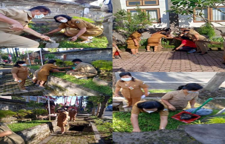 Gerakan-serentak-Penanaman-Pohon-Pucuk-Bang-dan-Melaksanakan-Gotong-Royong-Kebersihan.html