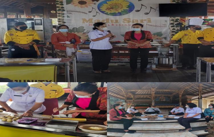 Ibu-Wakil-Ketua-Dekranasda-Bangli-meninjau-Pelaksanaan-Kegiatan-Pelatihan-Pembuatan-Roti--Bakrey--bagi-Pelaku-UMKM-Bangli.html