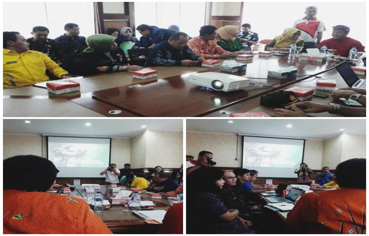 Kunjungan-Kerja-sttady-tiru-pemda-jatim-yg-diterima-Wakil-Bupati-Bangli.html