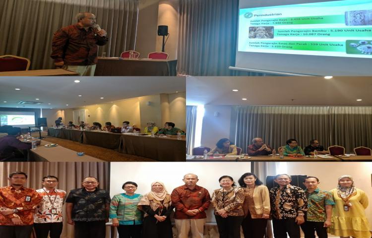 Tim Pendukung KUR Kab Bangli  di Pimpin Bpk Sekda sedang paparan  pemeringkatan   pendamping KUR  Tingkat Nasional  di   Bogor   tgl 14 september 2019