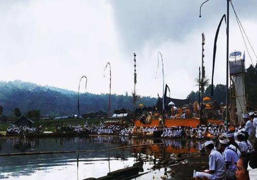Karya-Panca-Wali-Krama-Ngenteg-Linggih-dan-Pedudusan-Alit-di-Pura-Hulun-Danu-Batur-di-Songan.html