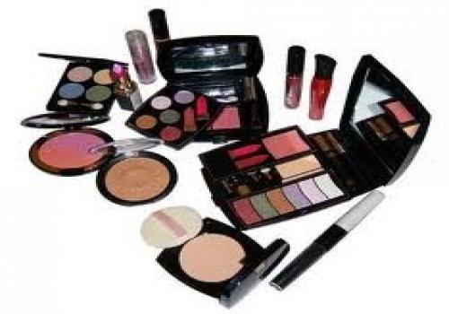 Industri Kosmetik dan Produk Herbal Punya Prospek Cerah