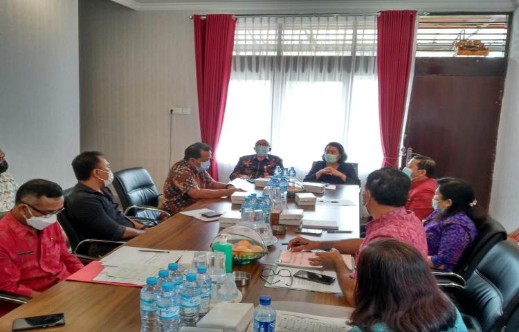 Koordinasi-penyerapan-produk-IKM-Kabupaten-Bangli-ke-Offline-Indomaret-yang-ada-di-Kabupaten-Bangli.html