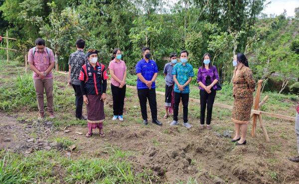 Peletakan Batu Pertama Pembangunan TPS 3R Desa Daup, Kintamani, Bangli