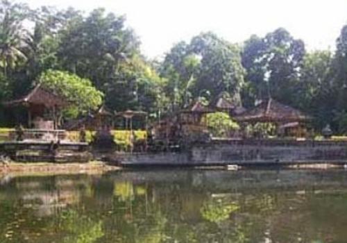 Taman Bali Raja