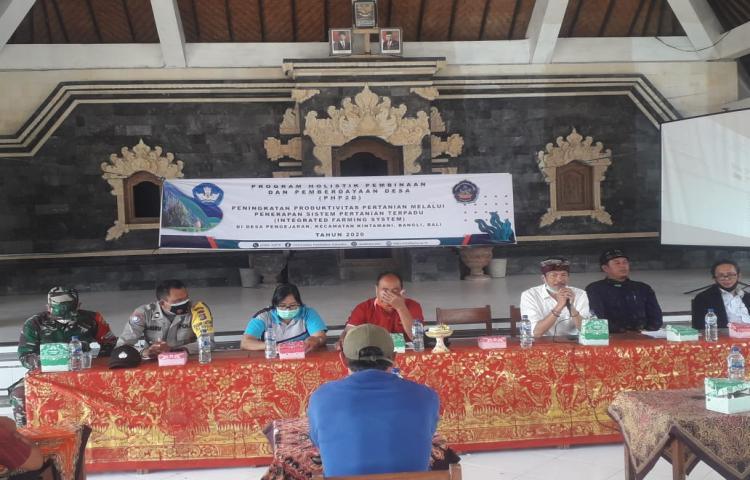 Program Holistik Pembinaan dan Pemerdayaan Desa (PHP20) di Desa Pengejaran