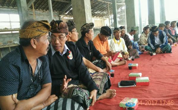 Sesi pembinaan Desa Pakraman di Desa pakraman Susut Kaja