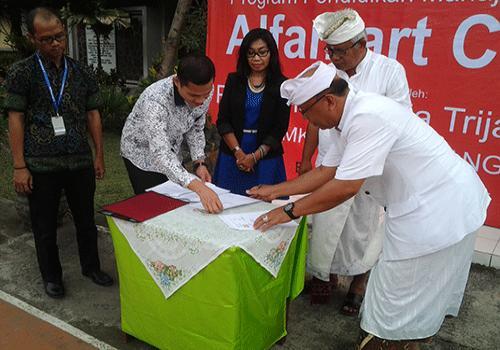 Grand Opening Laboraturium Alfamart Class di SMKN 1 Bangli