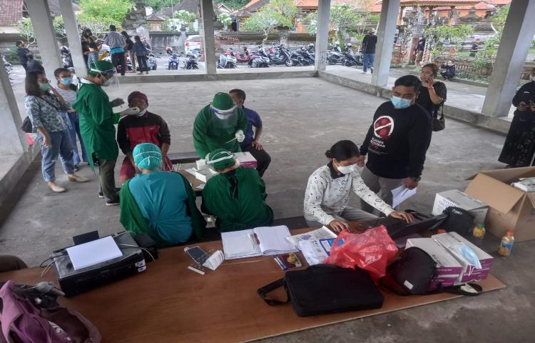 Peserta Gong Kebyar Kabupaten Bangli Jalani Tes Rapid Antigen