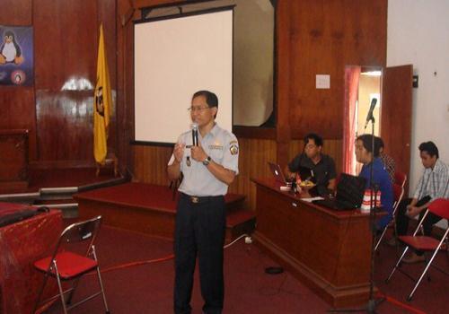 Seminar/Workshop FOSS dan Piranti Lunak Legal 6