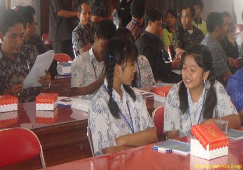 Sosialisasi dan Publikasi Program KPU/USO Kemkominfo 7