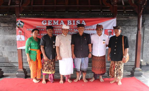 Penyerahan-Akta-Perkawinan-Massal-di-Desa-Pengotan-yang-dirangkaikan-dengan-Program-GEMA-BISA.html