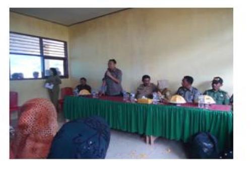 Bupati-Bangli-Kunjungi-Trasmigran-di-Sulteng--Transmigran-Lega-Dapat-Bantuan-Untuk-Beli-Sepeda-Motor.html