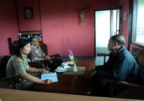 Pengawasan dan pembinaan Norma Ketenagakerjaan di MADU RESTAURANT