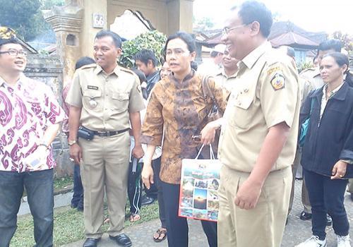 Kunjungan-Direktur-Bank-Dunia-di-Bangli.html