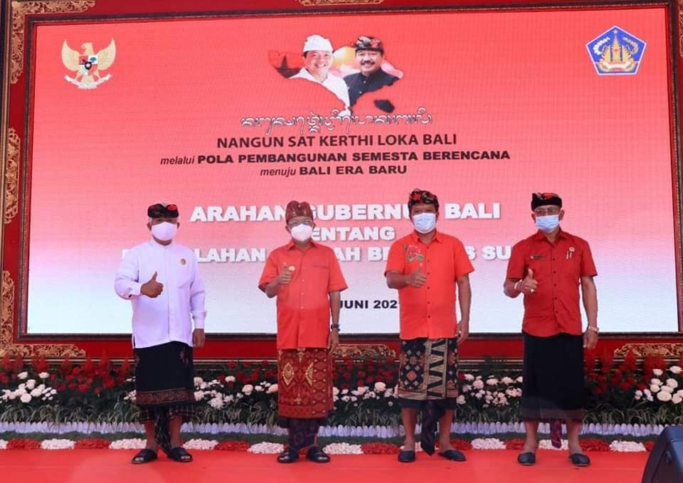 Bupati Bangli SN Sedana Arta menghadiri Pengarahan Gubernur Bali.